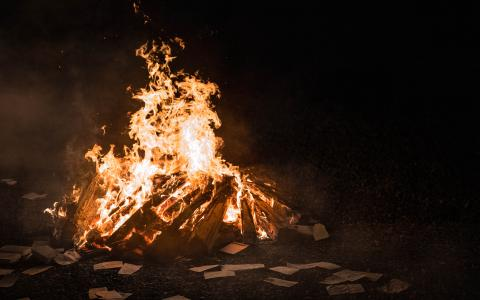 Image of a bonfire
