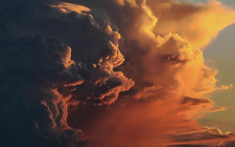 Image of bright storm clouds